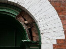 Semi-circular headed doorway, 51 Vittoria Street